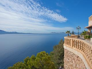 Nice 7 bedroom Villa in Formentor - Formentor vacation rentals