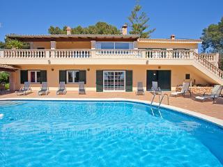 4 bedroom House with Internet Access in Sa Cabaneta - Sa Cabaneta vacation rentals