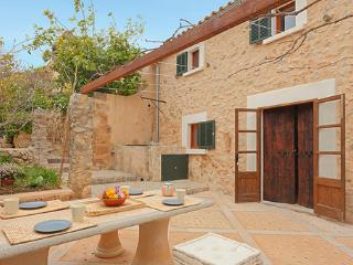 Nice House with Internet Access and Dishwasher - Marratxi vacation rentals