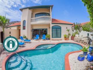 Enjoy your privacy! 3BDR Trinitaria 7 with pool - Noord vacation rentals