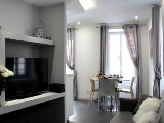 Nice Condo with Internet Access and Dishwasher - Ax-les-Thermes vacation rentals
