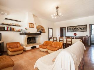 Nice Villa with A/C and Washing Machine - Solanas vacation rentals