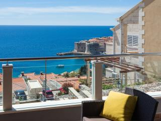 2 bedroom Apartment with Housekeeping Included in Dubrovnik - Dubrovnik vacation rentals