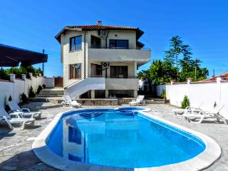 "Villa ""Topola Bey View"" only 3 min from the Beach. - Topola vacation rentals"