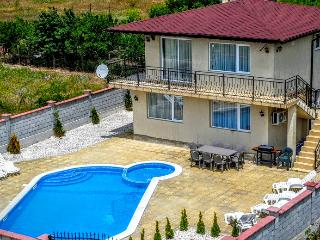 "Villa ""Golden Crown"" 1km from Black Sea Rama Golf. - Balchik vacation rentals"