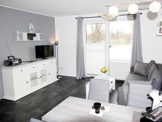 Lagunenstadt am Haff - 2-Zimmer-Fewo Landseite - Ueckermunde vacation rentals