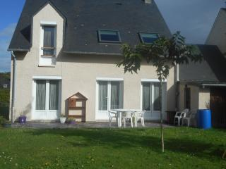 Nice House with Long Term Rentals Allowed (over 1 Month) and Television - Criel-sur-Mer vacation rentals