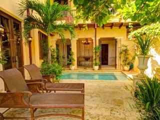 Nice 4 bedroom Playa Prieta Villa with Internet Access - Playa Prieta vacation rentals