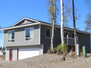 Family Friendly IN TOWN ---  Close To Kenai River! - Soldotna vacation rentals