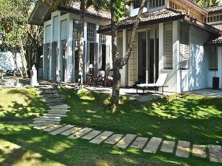 Beautiful 4 bedroom Villa in Galle - Galle vacation rentals