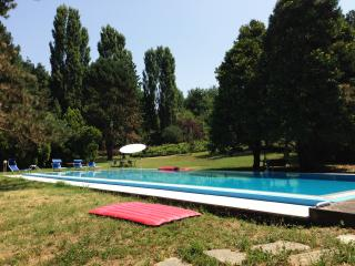 Gorgeous 5 bedroom House in Casale Monferrato - Casale Monferrato vacation rentals