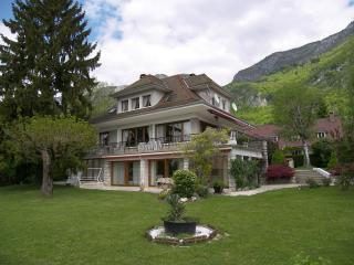 6 bedroom Villa with Internet Access in Veyrier-Du-Lac - Veyrier-Du-Lac vacation rentals