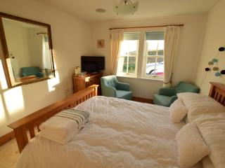 Nice B&B with Refrigerator and Linens Provided - Glenhinnisdal vacation rentals