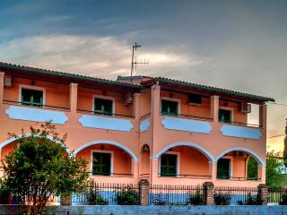 Napoleon apartments 4 persons near the sea - Gouvia vacation rentals