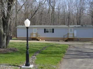 2 bedroom House with A/C in Erie - Erie vacation rentals