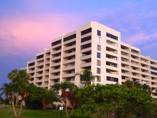 Nice Condo with Internet Access and A/C - Hudson vacation rentals
