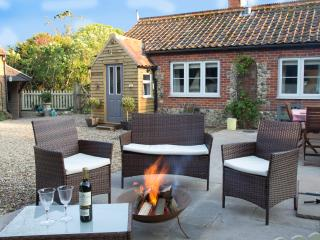 Cosy Cottage - A Romantic Little Hideaway - North Elmham vacation rentals