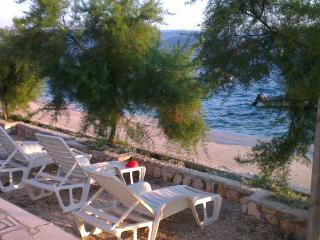 Villa Vedran seafront apartment Dubrovnik Riviera - Komarna vacation rentals