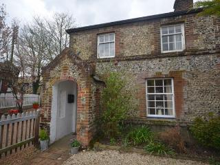 Charming spacious railwaymans cottage - Wymondham vacation rentals