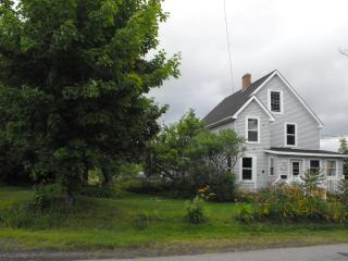 Nice House with Internet Access and Washing Machine - Wolfville vacation rentals