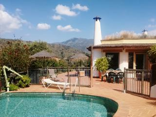 Colina Tropical: quiet, spacious, great view, pool - Jete vacation rentals