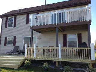 Huron Lakeside Haven - Michigan Lake Home on Water - Au Gres vacation rentals