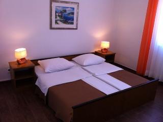 TH01266 Pansion Odmor / Room S14 - Rovanjska vacation rentals