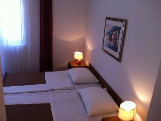 TH01266 Pansion Odmor / Room S18 - Rovanjska vacation rentals