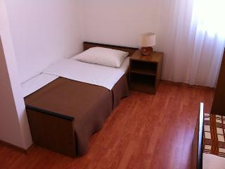 TH01266 Pansion Odmor / Room S16 - Rovanjska vacation rentals