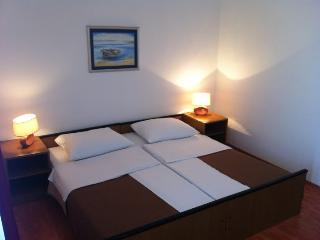 TH01266 pansion Odmor / Room S19 - Rovanjska vacation rentals