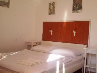 TH03545 Apartments Nada / Studio Greta - Makarska vacation rentals