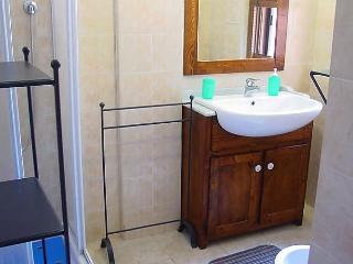 Comfortable 2 bedroom House in Raffa - Raffa vacation rentals