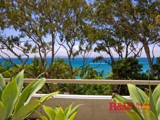 """Unit 5 """"Cove Point"""", Park Road - Noosa vacation rentals"""