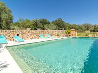 CAN NICO - Property for 8 people in algaida - Algaida vacation rentals