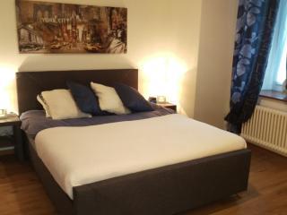 Au P'tit Bonheur, Cheseaux-sur-Lausanne, chambre 3 - Cheseaux vacation rentals
