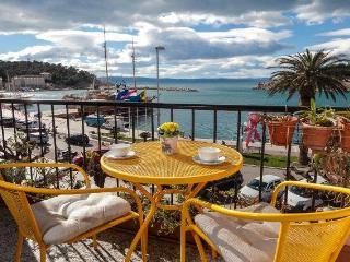 Charming Apt 2+2 In Makarska Center!! - Makarska vacation rentals