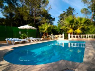 Beautiful 2 bedroom House in Sa Pobla with Internet Access - Sa Pobla vacation rentals