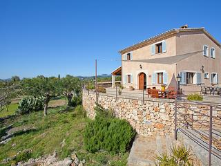 Bright 4 bedroom House in Campanet - Campanet vacation rentals