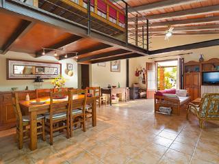Finca Estrella - Buger vacation rentals