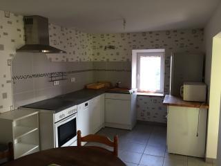 Gîte tout confort en Auvergne - Charbonnieres-les-Vieilles vacation rentals