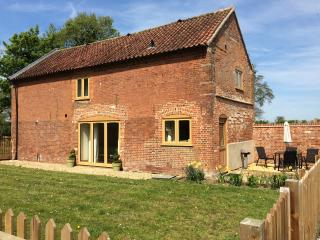 Glebe Farm Holiday Cottages - Carriage Barn - Frettenham vacation rentals