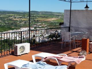 3 bedroom House with Internet Access in Arcos de la Frontera - Arcos de la Frontera vacation rentals