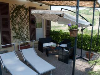 Tenuta Fagnanetto appartamento Pergolato - Santo Stefano Belbo vacation rentals
