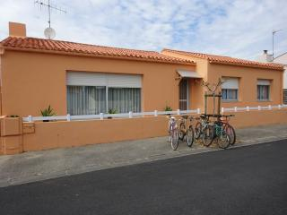 Location splendide maison rénovée int./ext. 90m2 - Les Sables-d'Olonne vacation rentals