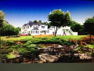 Spectacular Views! Vintage waterfront Cottage!! - Wiscasset vacation rentals