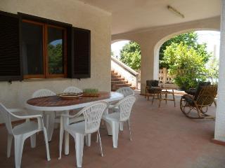 Torre dell'Orso Villa 3 camere 2 bagni 250 mt mare - Torre Dell'Orso vacation rentals