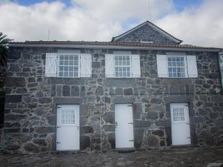 3 bedroom Villa with Parking in Lajes do Pico - Lajes do Pico vacation rentals