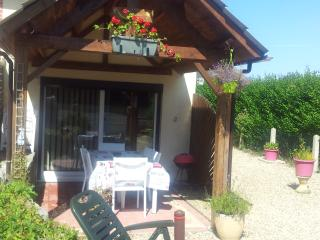 Nice House with Internet Access and Wireless Internet - Criquetot-l'Esneval vacation rentals