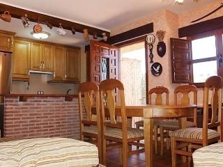 Comfortable 3 bedroom House in Province of Salamanca with Internet Access - Province of Salamanca vacation rentals