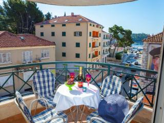 On the beach/City center/the best location!! - Makarska vacation rentals